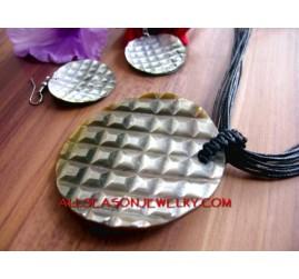 Necklaces Pendant Set Pendant Earrings Seashells Hand Carving
