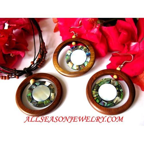 Jewelries Necklaces Set