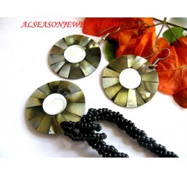 Shell Jewelries Set