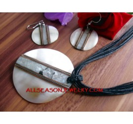 Women SeaShell Pendant Necklaces Sets Earrings
