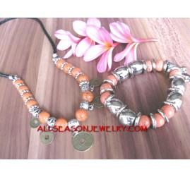 Beaded Stone Set Necklace