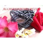woman bead bracelets