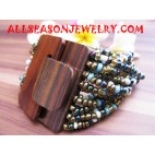 Woods Buckle Bead Bracelet
