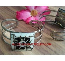 Cuff Bangle Stainless Shell