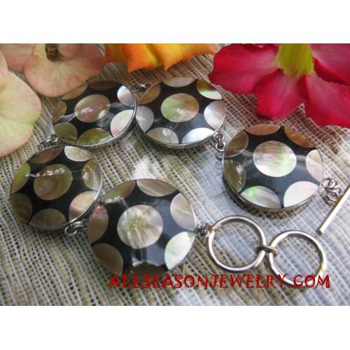 Seashell Flower Bracelet