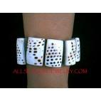 Dye Shells Tiger Bracelets Stretched