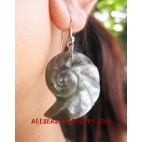 Seashell Earring Carved