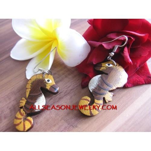 Sea Horse Earring Wood