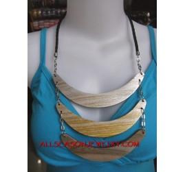 Ladies Necklaces Wood
