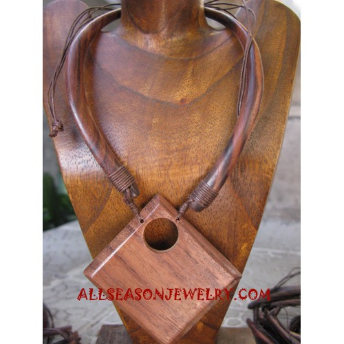 Natural Necklaces Wooden