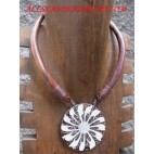Woods Necklace Chokers