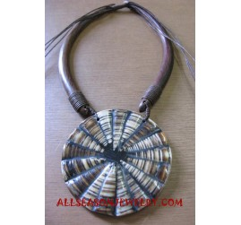 Seashell Wooden Necklace