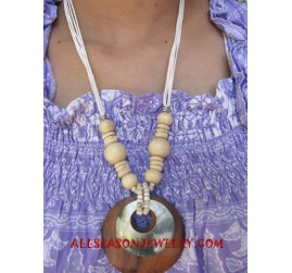 Woods Shells Necklace