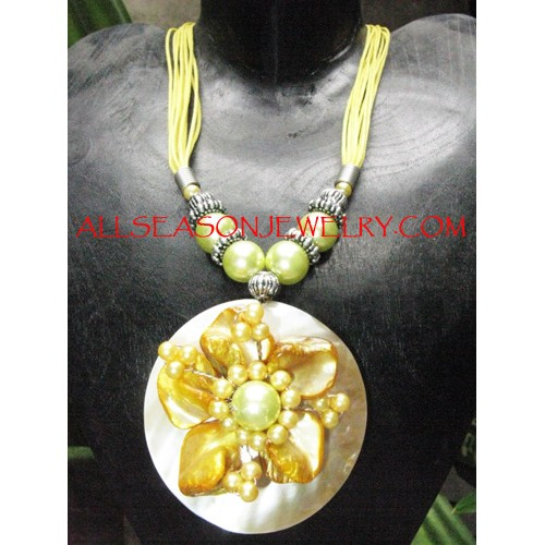 Sheashells Necklaces Indonesia