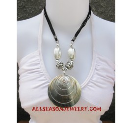 Mother Pearls Necklace