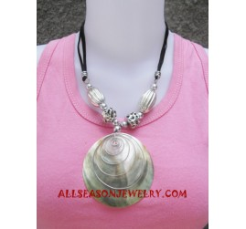 Necklaces Mother Pearls