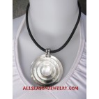 Shell Mother Pearl Necklace