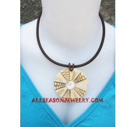 Necklace Seashell Pendants