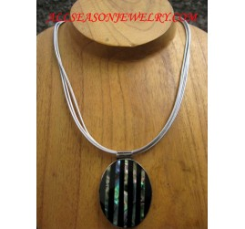 Necklaces Shell Pendant