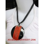 Pendant Resin Necklace