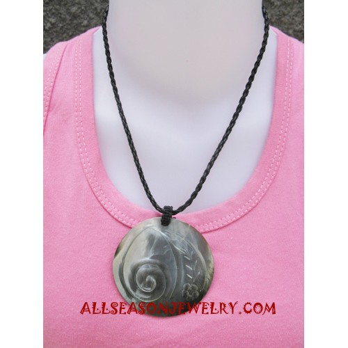 Seashells Necklaces Carving