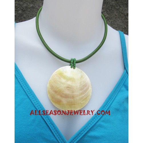 Shell Necklace Natural