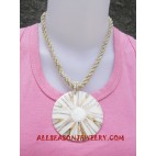 Bead Shells Necklace
