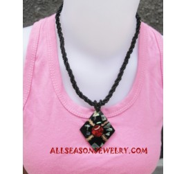 Pawa Bead Resin Necklace