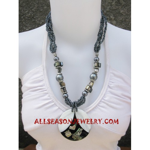 Pendant Beads Necklace