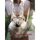 Shell Pearls Necklace