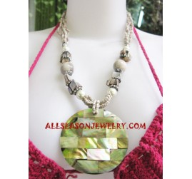 Shells Pearl Necklace
