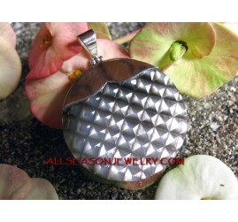 Silver Shell Carving Pendant