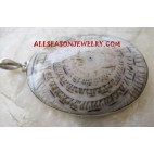 Pnedant Silver Necklace