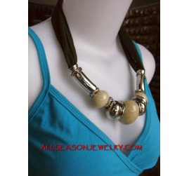 necklaces scarves marbels