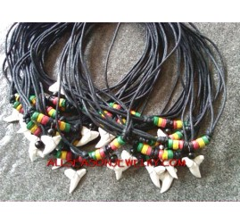 Pendant Shark Teeth Rasta