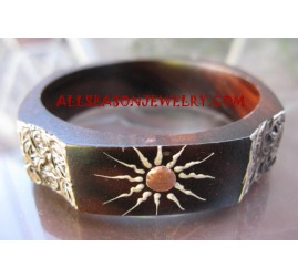 Fashion Wooden Bangle