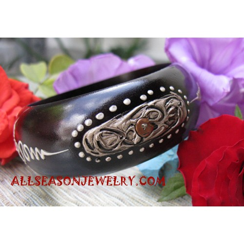 Painted Bangles Woods