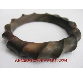 Wooden Bangle Carving