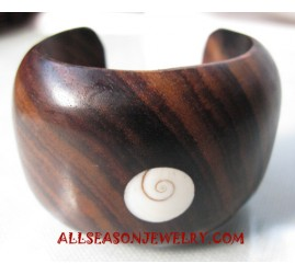 Wooden Bangle Seashell
