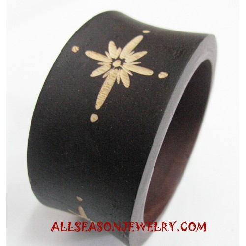Wooden Bangles Carvings