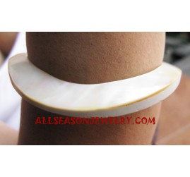 Natural Seashell Bangle