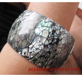 Resin Bangle Seashell