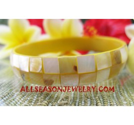 Small Shell Bangle