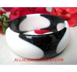 Black Resin Bangle