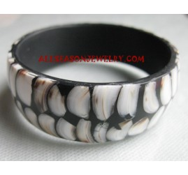 Bangle Resin Seashell