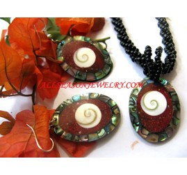 Jewelry Set Shells