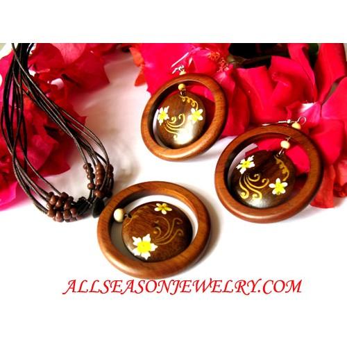 Wood Painted Jewels Set