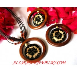 Woods Seashell Jewel Set Necklaces Earrings Handmade