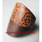 Woods Coconut Finger Rings Natural Design
