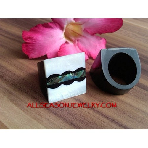 Resin Rings Shells Bali